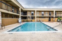 Quality Inn & Suites Statesboro