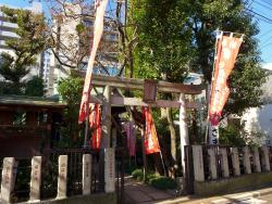 Yotsuya Oiwainari Tamiya Shrine