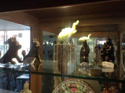Oldaker Antiques Collectables & Handmade Creations Centre