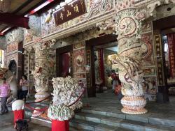 San Zhi Shell Temple
