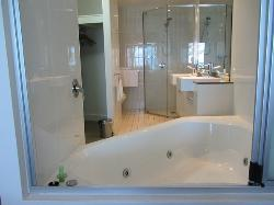 Spa and ensuite (from bedroom)