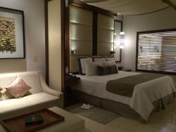 Suite 3422
