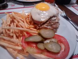 Kilómetro 4 | Cerveceria - Restaurant