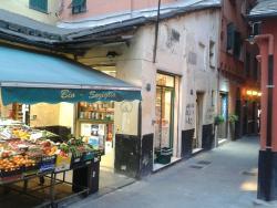 Via Macelli di Soziglia