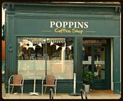 Poppins Cafe
