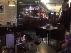 Esperienza Cafe Restaurant