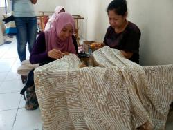 everything you need to know about batik