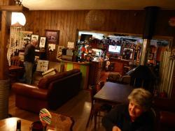 Hippy Pipi Bar and Cafe