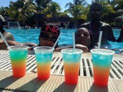 Continous Drinks by the pool