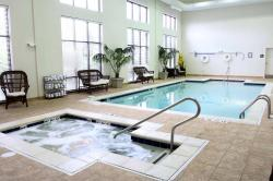 Hampton Inn & Suites Chesapeake Square Mall