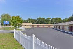Americas Best Value Inn - Port Jefferson Station