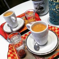 Les Amis Cafe E Comidinhas