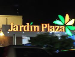Centro Comercial Jardin Plaza