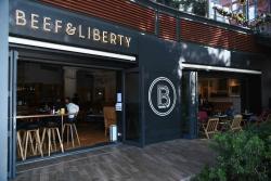 Beef & Liberty Stanley Burgers