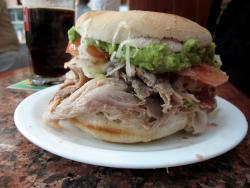 Moto Sandwich