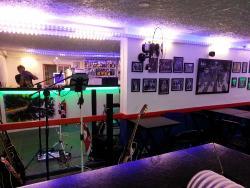 Lokau Bar
