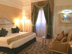 Deluxe room with extra large king bed