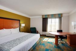 La Quinta Inn & Suites Greensboro