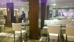 Pinxx Restaurant