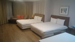 Vabien Suites II Serviced Residence