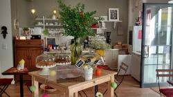 Dona Flor Cafe & Bistro