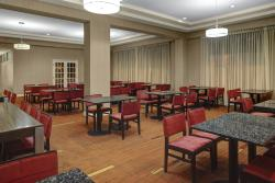 The Courtyard in St Cloud offers a Bistro, a casual restaurant area to relax & stay.