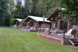 Glacier Peak Resort & Eatery