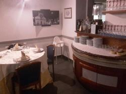 Gli interni del ristorante