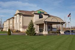 Holiday Inn Express Bucyrus