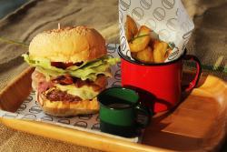 7Salsas Burger Bar