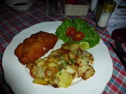 Gordon Bleu mit sehr guten Bratkartoffeln