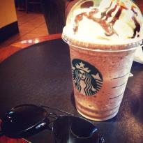 Starbucks - Dunia Fantasi