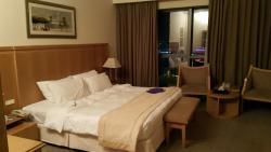 โรงแรมซิตี้ซีซันส์