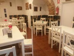 Pizzeria-Cafeteria La Familia España