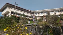 Sinabung Resort Hotel