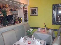 Denis Restaurant
