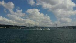 ウスキュダル桟橋