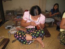 Shwe la Yaung Lacquer Ware Workshop