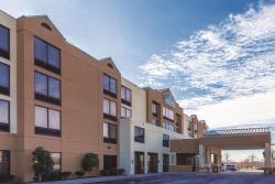 La Quinta Inn & Suites Newark - Elkton