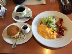 Denny's Ninomiya