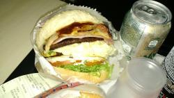 Tuka's Burger