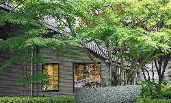Komagane Highlands Art Museum