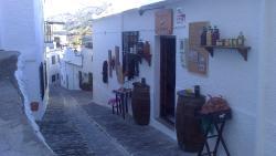 Tienda-Bodega El Barranco