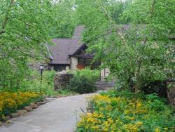 Cora Hartshorn Arboretum and Bird Sanctuary