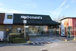 McDonald's Calcinaia Drive