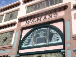 Holman Antique Plaza