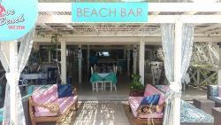 Perfect setting to enjoy Antigua beach life