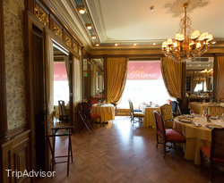 Piazza Rossa at the Hotel National, a Luxury Collection Hotel