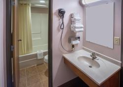 Prime Rate Motel - Burnsville