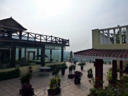 Organic Café& Restaurant Divine Resort&Spa